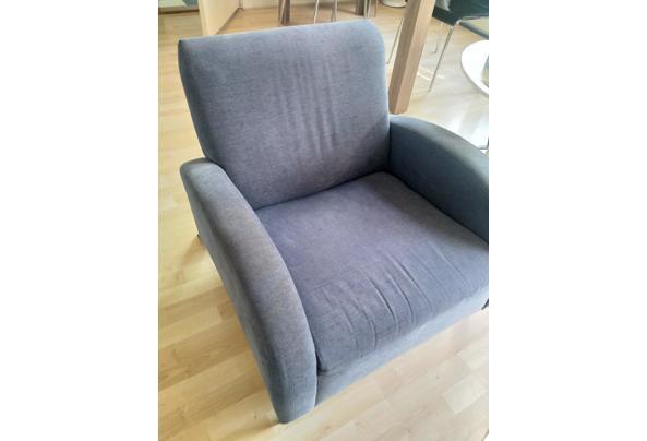 2 blauwe fauteuils / stoelen voor in de woonkamer - IMG_20210603_184154