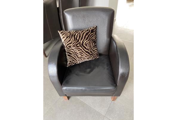 Bruine fauteuil  - 2EA562E8-7849-4F9B-A778-7F44E3C12445.jpeg