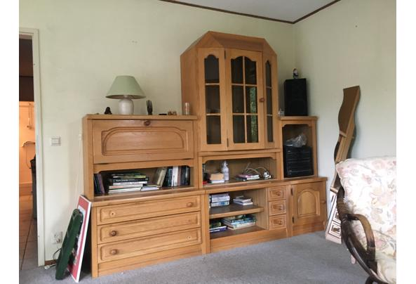 Wandkast in goede staat - 08EBA40D-C74D-483C-A86C-76A66207C875