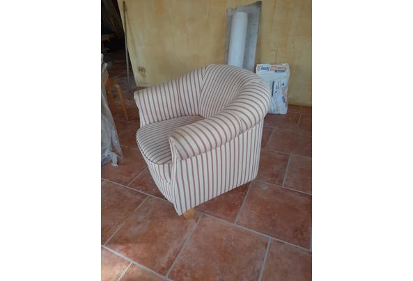 Halfronde fauteuil - 16142470258171810865590449739683
