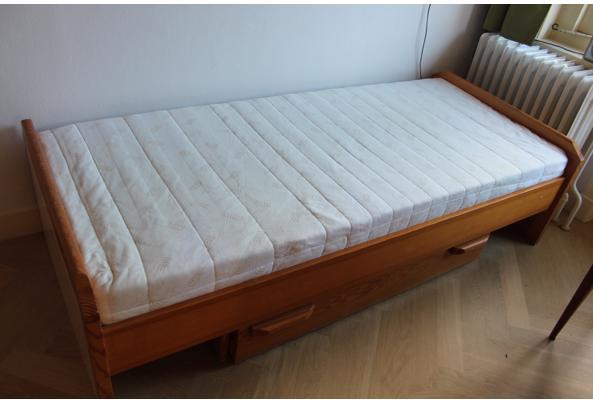 Eenpersoonsbed met ladenblok - IMG_8410.JPG