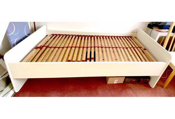 Eenpersoons bed 90x200. 67 cm hoogte - B0FF3265-43DC-47F6-8A1A-AA1AE19F4E40.jpeg