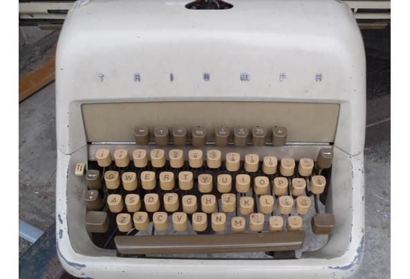 typemachine  - SAM_5346.JPG
