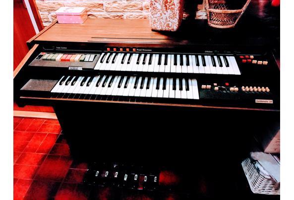 Orgel Solina A211 - orgel