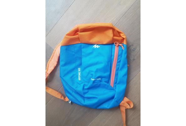 Quechua rugzakje - oranje/blauw - 20210425_171549