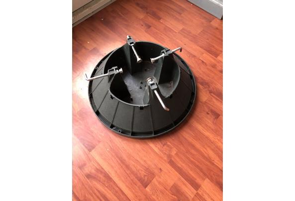 Kerstboom standaard - 900712BE-FCF7-49F6-8702-32385D13B71C.jpeg