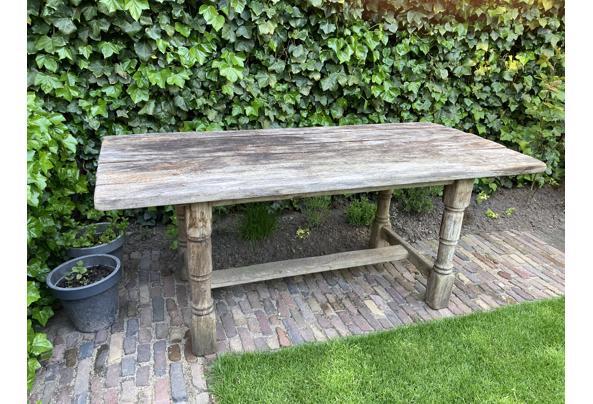Oude eikenhouten tafel - 69483AC8-2A98-4638-B584-8D8C79541295