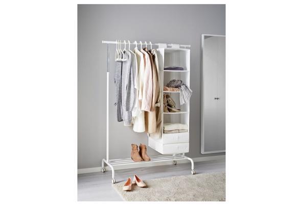 IKEA kledingrek Rigga - 3EFAF9CF-204B-4F1F-81C8-4A755A9A9A42