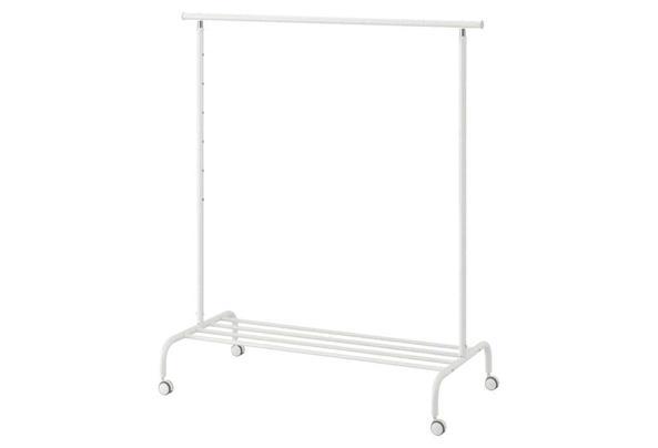 IKEA kledingrek Rigga - 82588D0B-3419-4AC5-B1AE-4A8EC03F8ECE