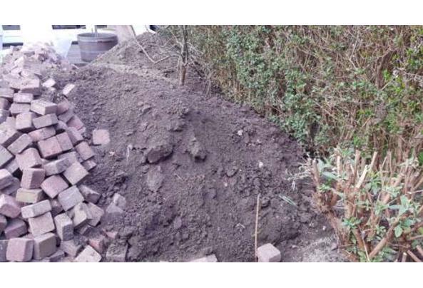 Zwart tuinzand 2m3 - IMG-20210324-WA0004