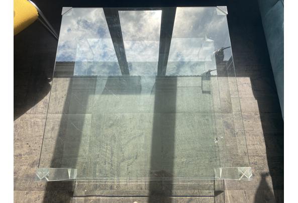 Glazentafel met perspex poten - IMG-1377
