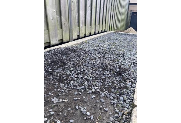 Grijze steentjes - 63659D9B-004D-4AE4-8375-B556A17FCE9E_1_105_c