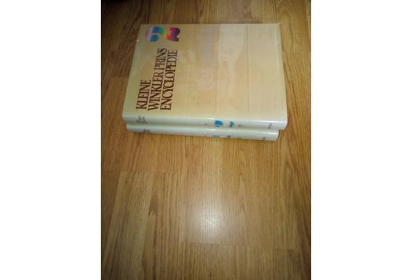 De Kleine Winkler Prins Encyclopedie in twee delen - Kleine-Winkler-Prins-Encyclopedie-2