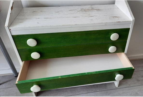 Stevig houten ladekastje - 20210801_130428