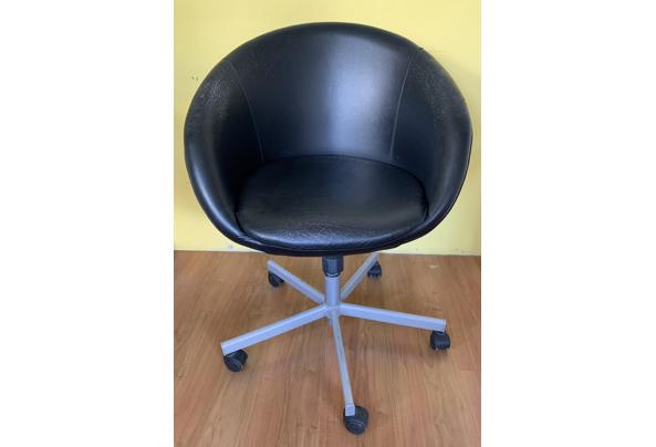 Bureaustoel zwart - A7EED609-0DE7-4B19-BA2A-97F583944340