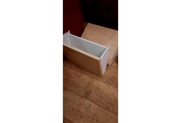 Hoekburea Ikea wit - 16110052622814903098960690779210