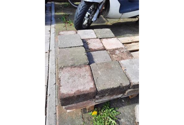trommelsteen/straatsteen/tegel rood/grijs 15x15x5 35m2 - tegels2
