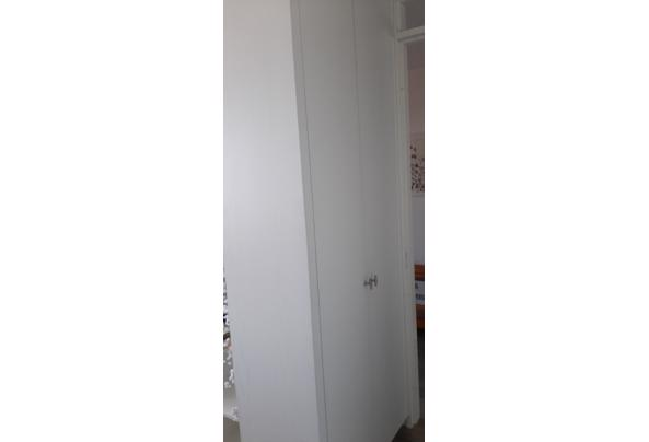 Witte kast met draaideuren - 20210608_084157