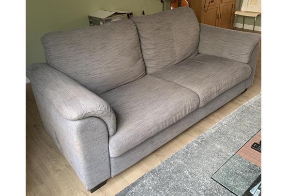 Ikea Tidafors banken grijs 2,5 en 2 zits met hocker - AF65CF5F-636D-44A0-975D-7B4D4E863666