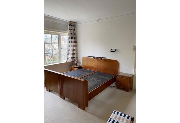 Twee persoons ledikant - Bed-met-nachtkastjes