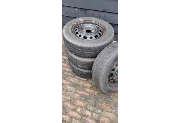 Winterbanden met stalen velgen. Michelin 195/65 R15 voor oa Mazda 5  - IMG_20210206_132242