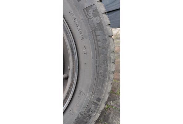 Winterbanden met stalen velgen. Michelin 195/65 R15 voor oa Mazda 5  - IMG_20210206_132316