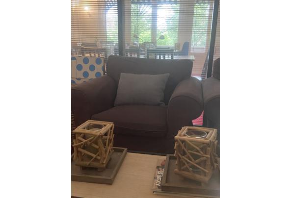 2 stoelen en 1 bureau gratis amsterdam- ophalen woe 28 of do 29 juli - 48A526B2-341C-4AED-8ACA-624EB81D1188