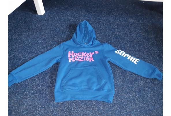 Hoodie hockeyplezier naam Sophie maat 116-122 - image-15-11-2020_11-54-28-84
