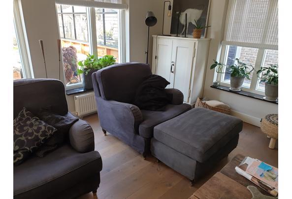 twee fauteuils en een hocker - 20210326_124529