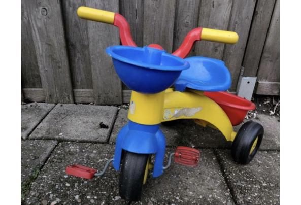 Kinder fiets met bakje  - 5B58ACFC-4F88-4C5A-8D35-B0289DF38CF3_637517928831434509