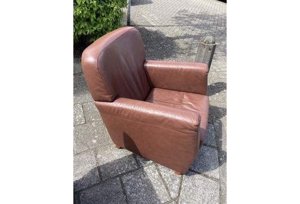 Leren stoel  bruin  - 74A9F00A-ACE1-4710-8151-A8762751FA7B