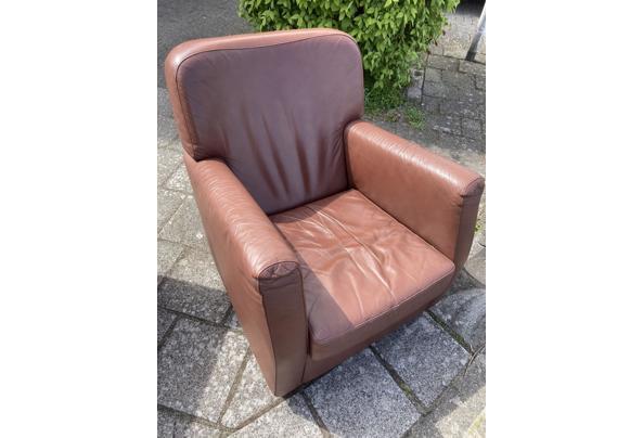 Leren stoel  bruin  - B0657339-FB8E-4815-826E-E9EA4919191A