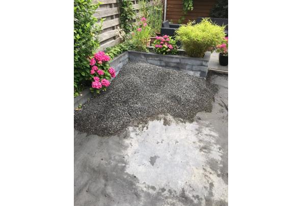 Sier grind (basalt split antraciet) voor tuindecoratie - IMG_8730