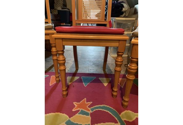 4 Houten stoelen, gratis af te halen - 69904CB3-B197-4009-9891-A82A2265DA49.jpeg