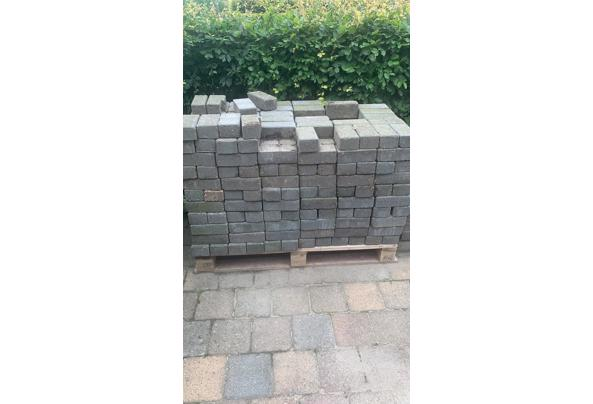 Gratis stenen  - 9A6100DC-FBE9-4ECB-B590-3745944E57C9