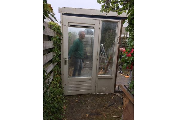 Deur met raam ernaast - 0CE593F4-04F6-497E-87AC-2E81CF360E69