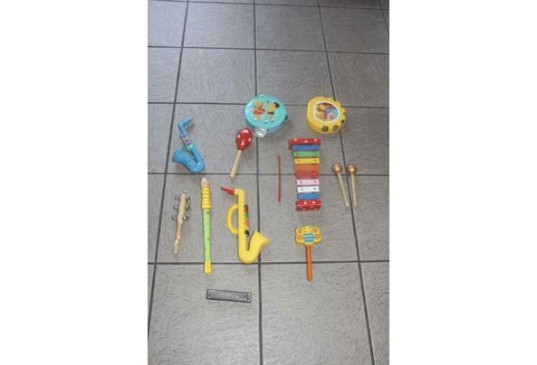 Speelgoed instrumenten van plastic - A5A91715-4D42-4AC5-ABB3-7F2462F9D2D4_637517929811866127