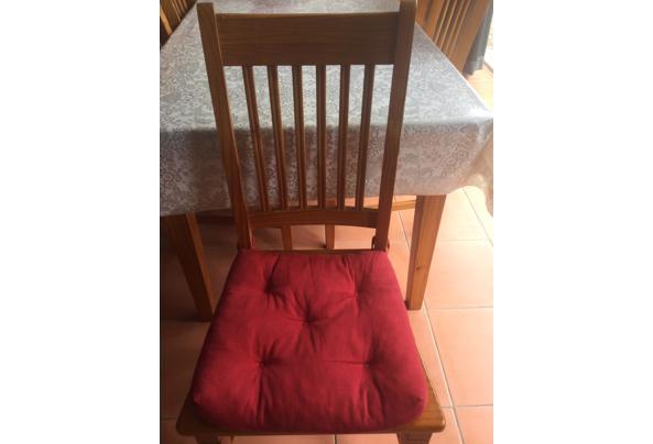 Eettafel met zes stoelen - 897D187D-D91C-47A1-B804-43B028D85CE6