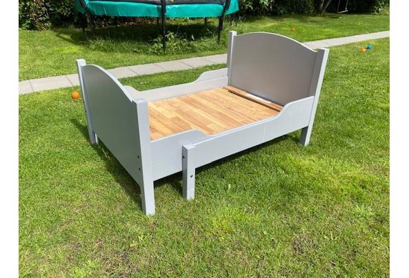 Bed / meegroeibed / kinderbed - bed-1