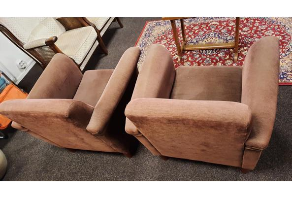 2 bruine fauteuilles stoeltjes fijne rib bruin - 20201218_173321