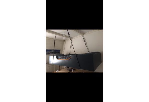 eenpersoonsbed, hoogslaper, hangend bed, orgineel bed - 497E2367-FD38-4680-8770-09BCB5EB6E24