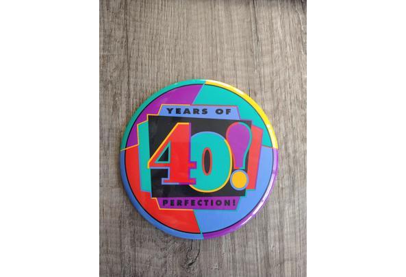 Grote button 40e verjaardag - 16150174857327384899166575919592