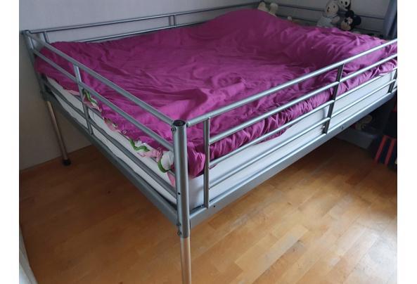 tweepersoons metalen bed - 20210304_105759