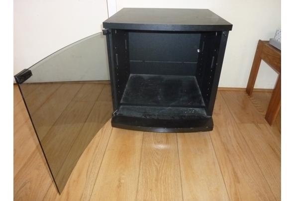 Televisie kastje - P1040326