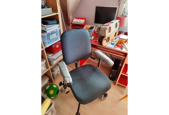 Bureastoel op alle manieren in te stellen - 2stoel