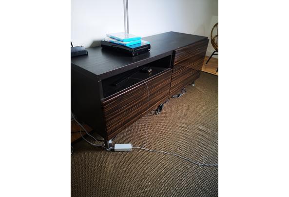 Zwart met donkerbruin IKEA Besta TV meubel - IMG_20210411_164359
