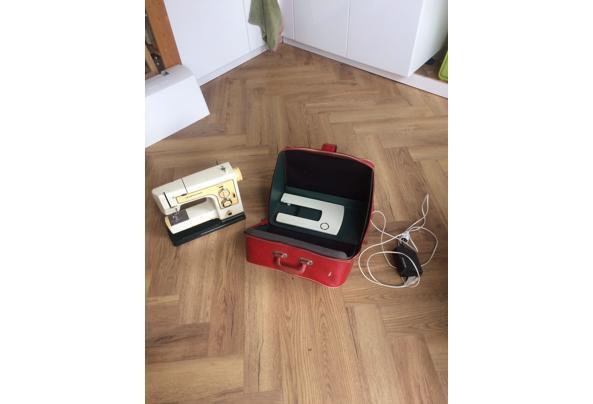 Lewenstein 904 naaimachine uit '75. Defect - D1B4D87D-99B3-4AC3-938E-91213C44541B_637405189984783647.jpeg