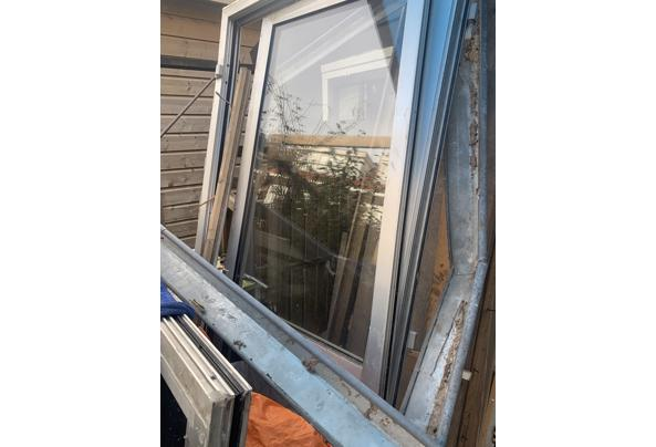 Glazen pui en groot raam, dubbelglas - F8AA461F-F13F-4271-81C7-F022D14F00E5.jpeg