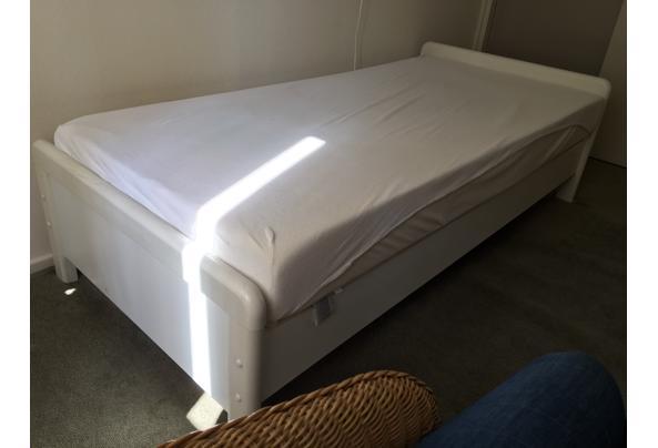 eenpersoonsbed met 2 matrassen - IMG_2473