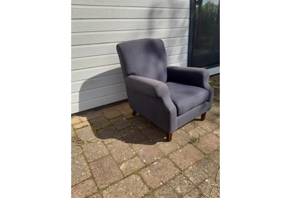 Twee blauwe landelijke fauteuils - CA13C0C0-38BA-489E-BAAE-08BF26B06B79